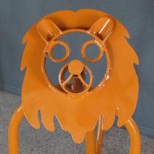 lion $900